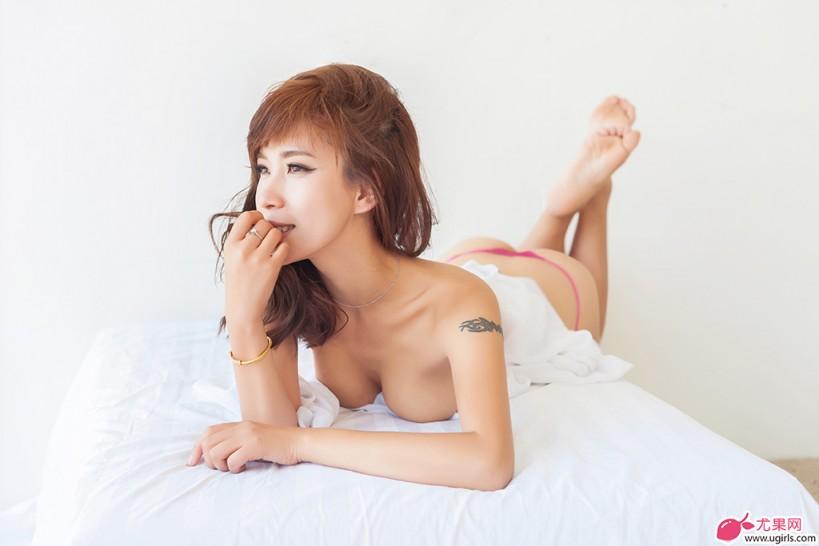 田依依高清原创图片3