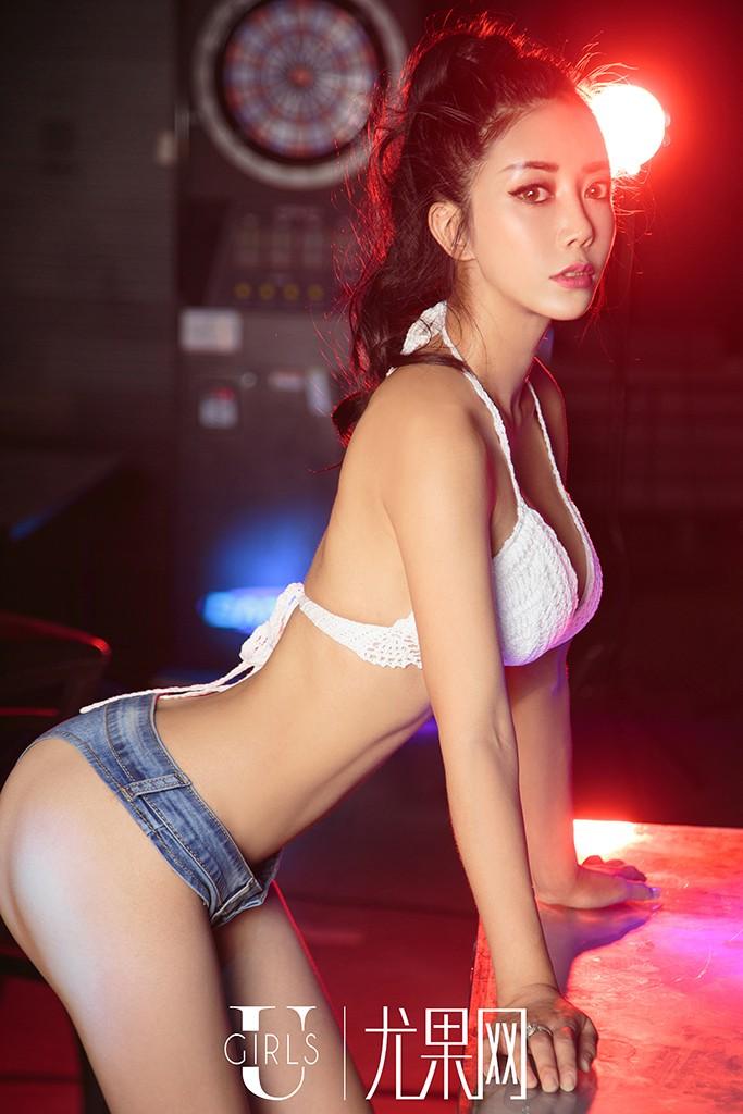 萱宸美女高清原创写真图片